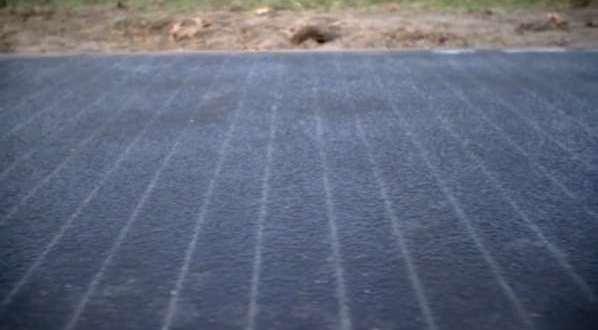 Une route solaire génère suffisamment d'électricité pour alimenter une maison