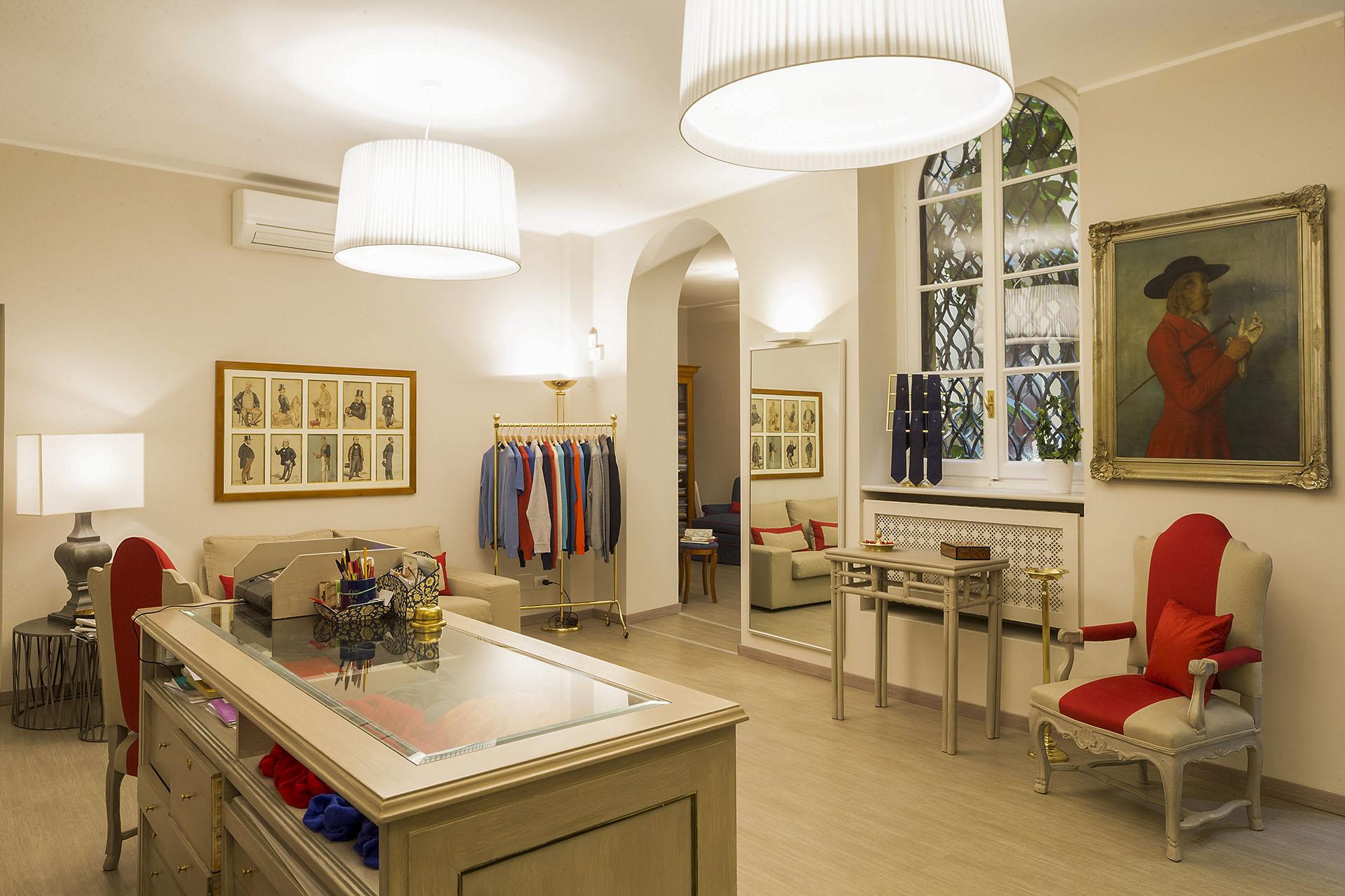 Boutique OXFORD - Photo: © Andrea Pisapia / Spazio Orti 14