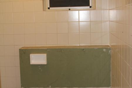 Huis inrichten 2019 » badkamer betegelen over oude tegels | Huis ...