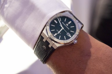 Theo med Maurice Lacroix Aikon Automatic.
