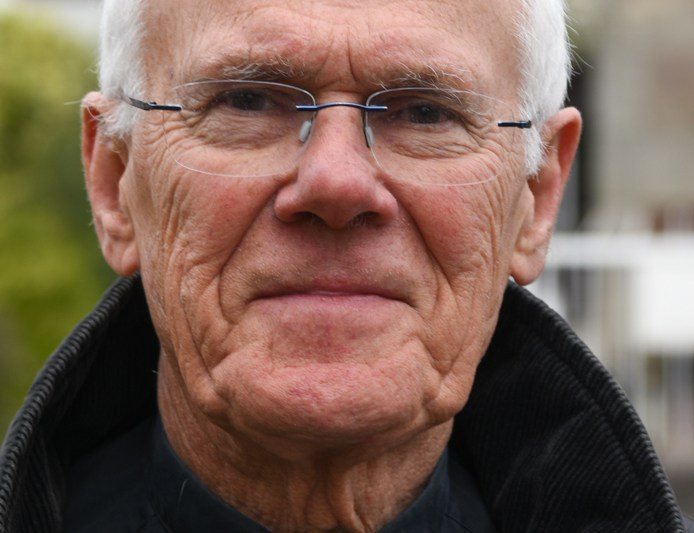 Perth clergyman's short guide touches this moment in history – 'Prayer in times of hardship'