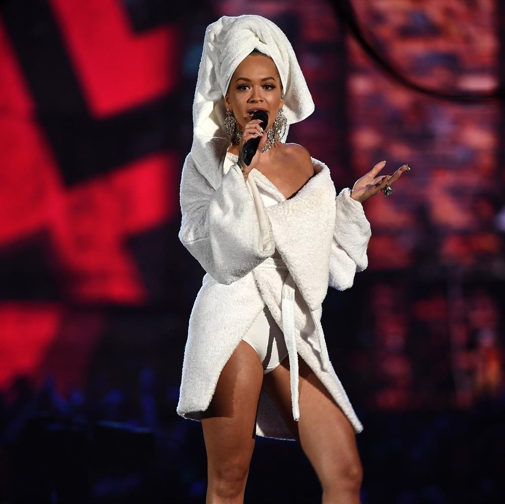 Rita Ora Bethrobe 2