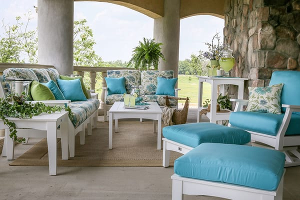 lawn patio furniture showroom