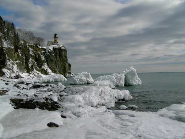 Split Rock Lighthouse and Lake Superior in winter. | Yelp