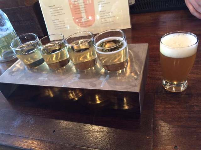 Urban Tree Cidery - Atlanta, GA, Estados Unidos. Flight