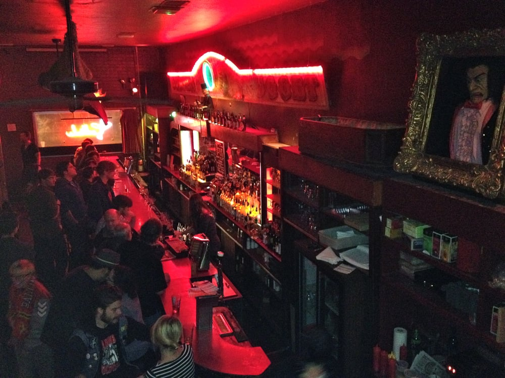 Club Charles 17 Photos Amp 73 Reviews Dive Bars 1724 N