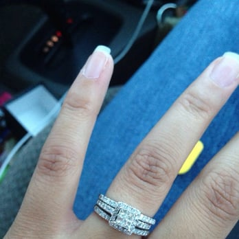 Quiet Wedding Engagement Ring Attached To Wedding Band