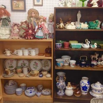 Treasures Indoor Flea Market Amp Consignment 10 Photos