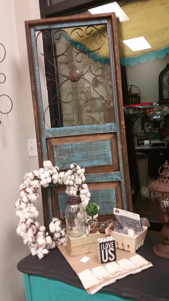 Vintage Vibe 48 Photos Furniture Stores 1585 E Broad