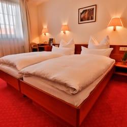 Hotel Mayer's Waldhorn - Hotels - Neckar-Alb-Str. 47, Kusterdingen