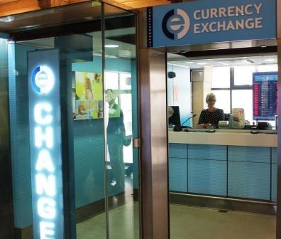 photo of ice embarquement eurostar paris france bureau de change ice