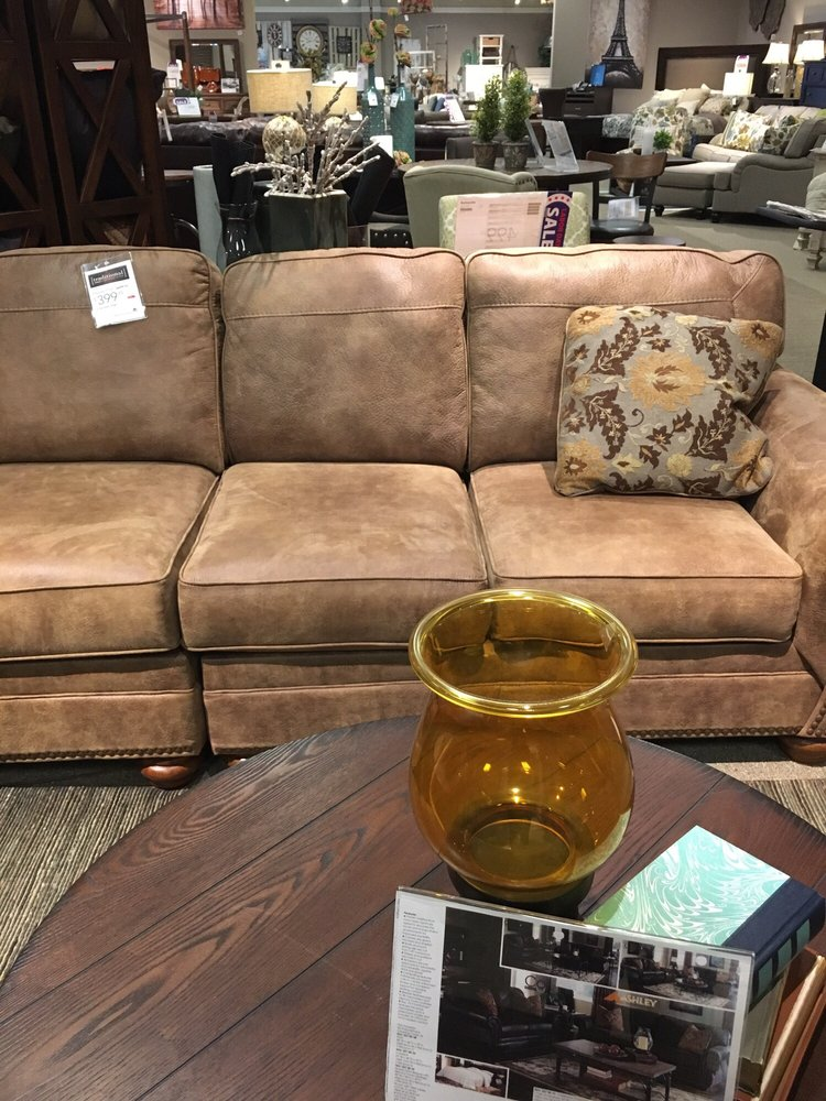 Ashley HomeStore 10 Reviews Furniture Stores 6334