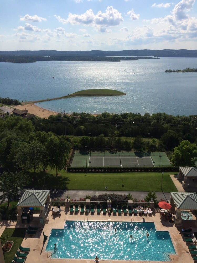 Chateau On The Lake Branson Hotels Branson Mi