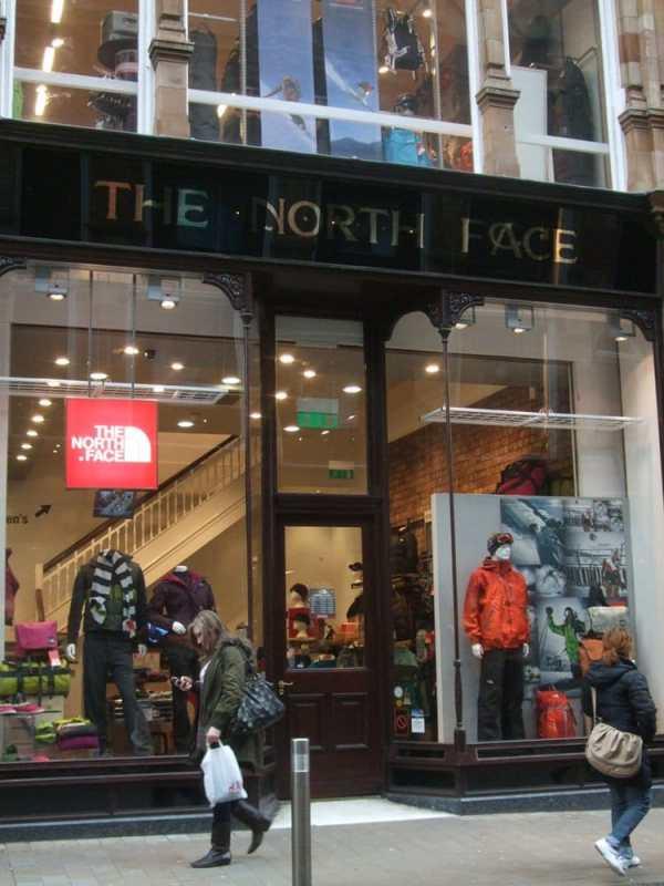 The North Face - Equipamiento para actividades al aire ...
