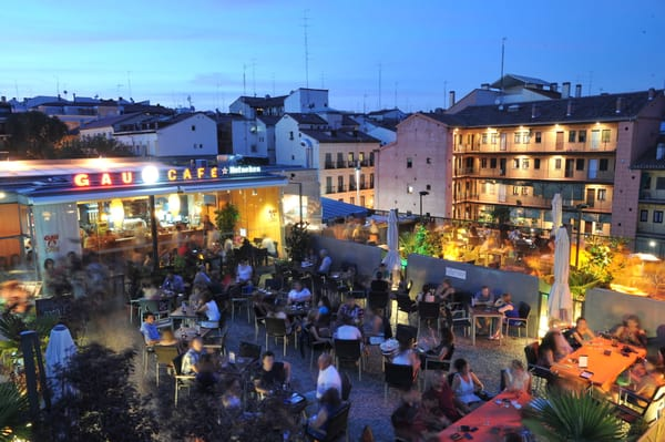 Gau Cafe terraza