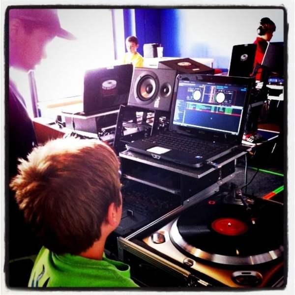 Beat Refinery DJ School - 18 fotos - Escuelas ...
