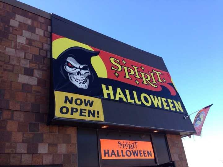 spirit halloween customized merchandise 198 northtown dr ne