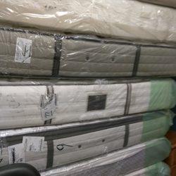 photo de abra ka dabra mattress cranston ri