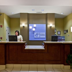 Holiday Inn Express Clanton   12 Photos   Hotels   815 Bradberry Ln     Photo of Holiday Inn Express Clanton   Clanton  AL  United States
