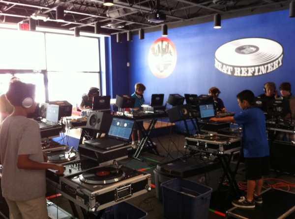 Photos for Beat Refinery DJ School - Yelp