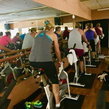 Gold's Gym - 44 Photos & 28 Reviews - Gyms - 2711 Treble ...