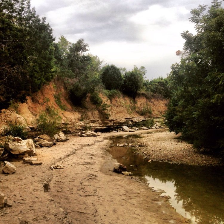 A Dry Riverbed that you may encounter when hiking in Austin