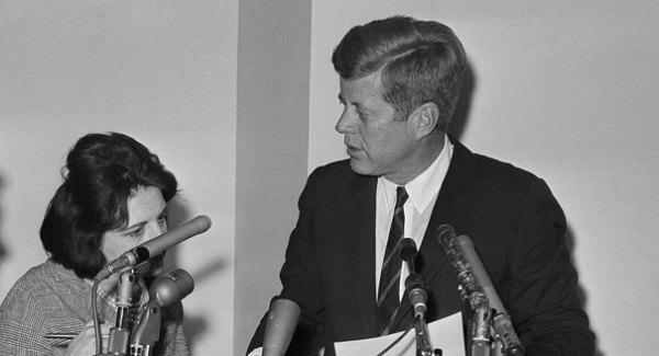 Book: Thomas recalls 'inspired' JFK - POLITICO