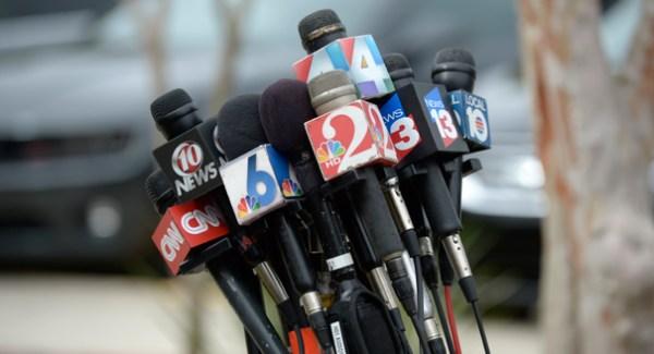 Campaigns battle citizen journalists - POLITICO