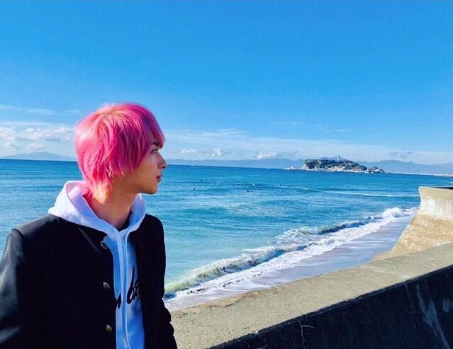 日劇《初次戀愛那一天所讀的故事》的男孩太引人注目!粉紅頭髮越看越討人喜歡的橫濱流星 | | 生活發現 ...