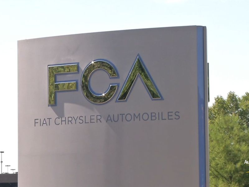 Sweatshirts, caps, umbrellas, shopping bags: Michigan Car Salesman Charged With Faking Employee Reductions Costing Fca 8 7m The News Pig