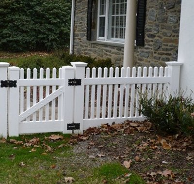 Building a Fence Fences 101 Bob Vila