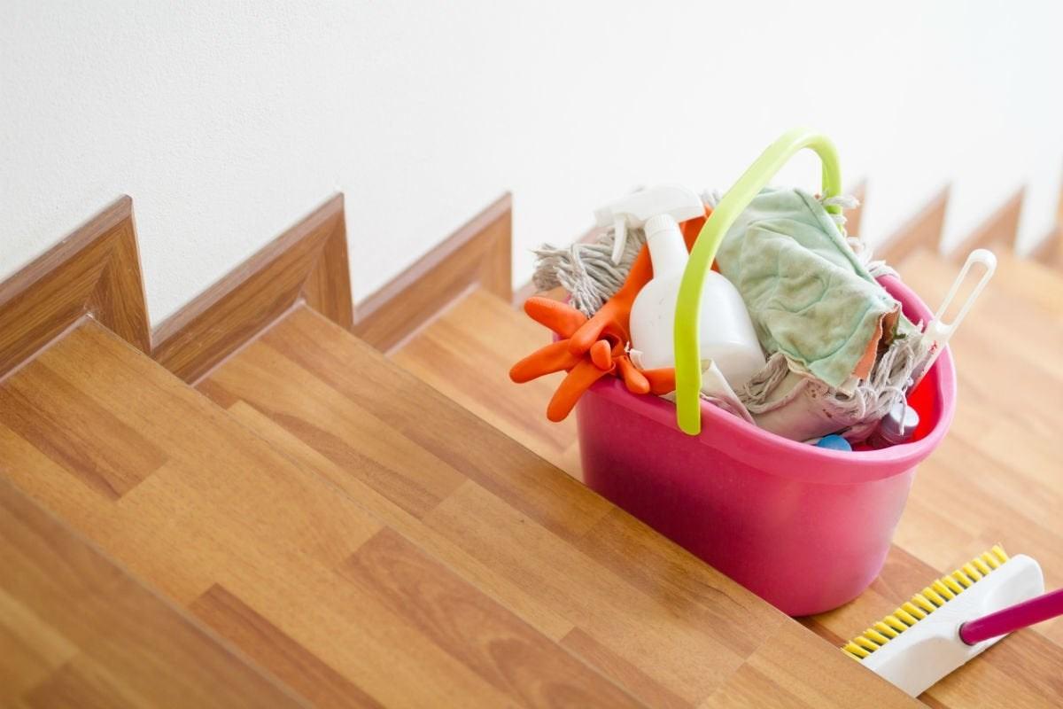 Best Hardwood Floor Cleaner Options According To Reviewers Bob Vila | Best Hardwood For Stairs | Treads | Oak | Stair Tread | Stain | Laminate Flooring