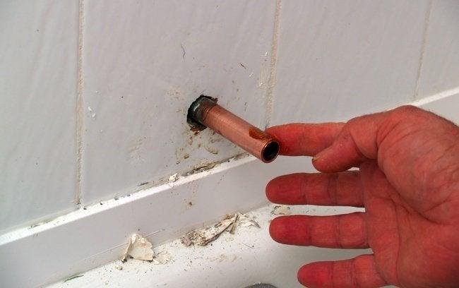 How To Replace A Tub Spout Bob Vila
