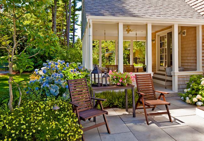 Backyard Makeovers - 7 Budget-Friendly Tips and Tricks ... on Small Backyard Renovation Ideas id=24786
