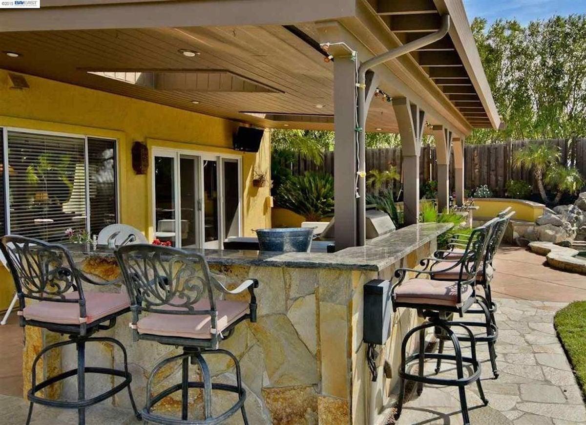 outdoor patio bar design ideas Patio Bar Ideas - California Decor Ideas for Outdoor