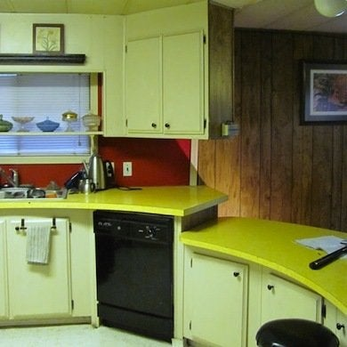 Mobile Home Remodeling   9 Totally Amazing Before and Afters   Bob Vila Mobile Home Kitchen Renovation