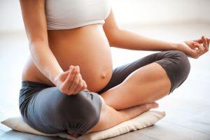 5-beneficios-incriveis-da-yoga-para-gestantes.jpeg