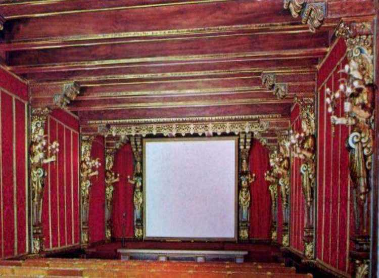 Hearst_San_Simeon_California_Theater-760x557