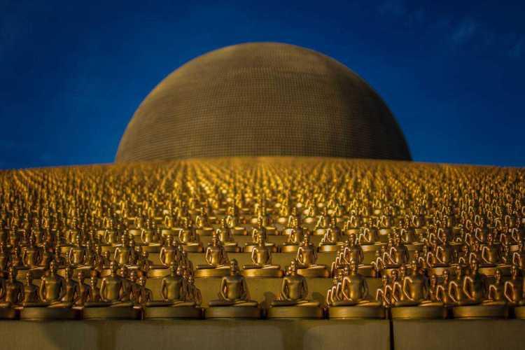 Wat Dhammakaya F1.4