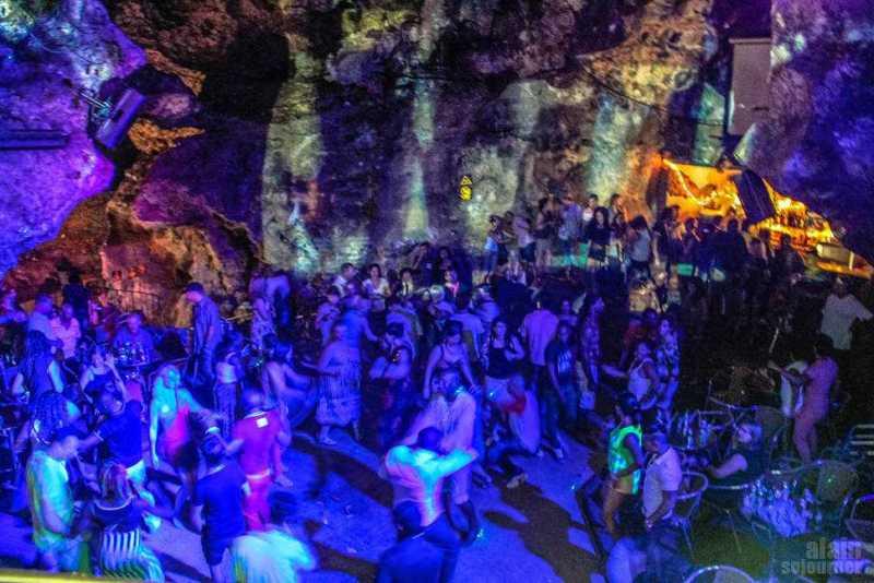 Disco-Ayala-Cave-Trinidad-Cuba-13