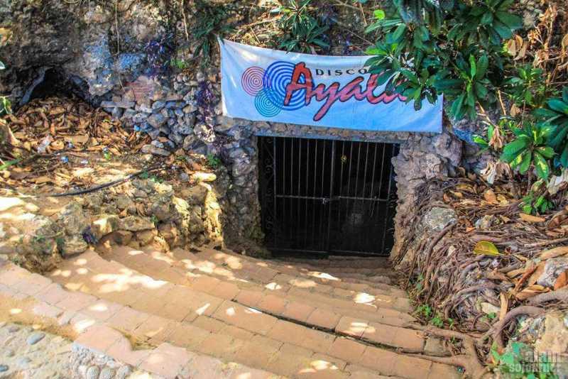 Disco-Ayala-Cave-Trinidad-Cuba-3
