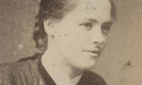 Maggie Hughes, presa em 1923 por roubar anéis de diamante, era um membro da gangue Quarenta elefantes.