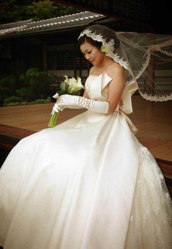 Solo-wedding-service3-550x796