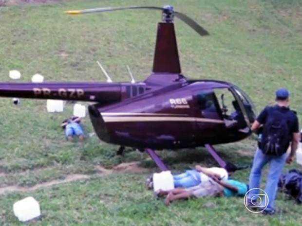 O helicóptero da Limeira Agropecuária, empresa que pertence ao deputado estadual Gustavo Perrella (Solidariedade-MG), a uma irmã e a um primo, foi flagrado pela Polícia Federal transportando 445 quilos de cocaína.