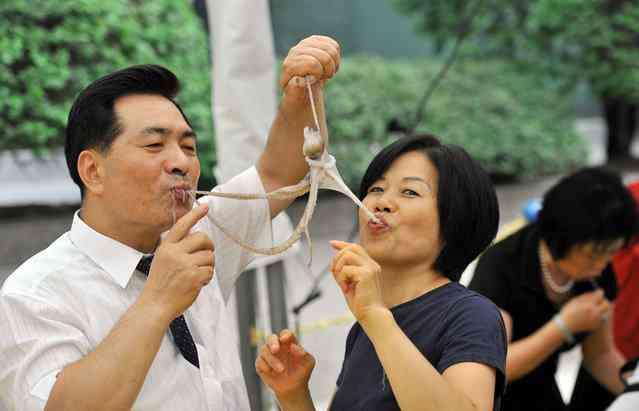 Comer o polvo vivo é uma especialidade dos coreanos