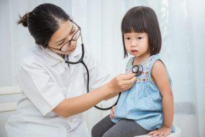 Quando ir ao pronto socorro com a criança? por Dr. Marcelo Reibscheid