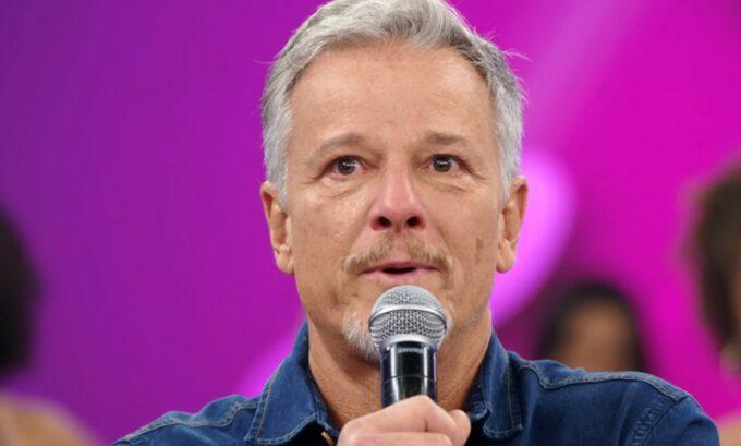 Emocionado, Marcello Novaes diz que sofreu preconceito quando decidiu ser ator