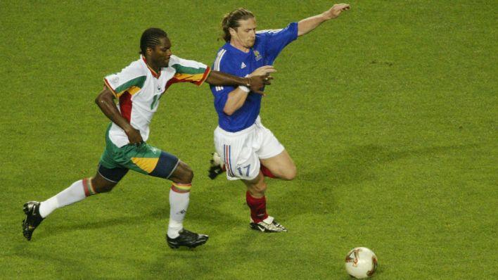 Salif Diao marcando Petit (Foto: Getty Images)