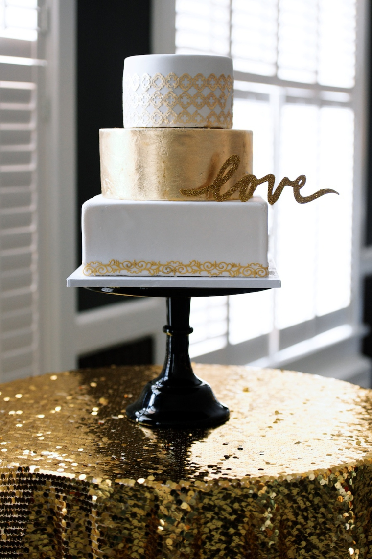 Modern Black and Gold Wedding Ideas   Every Last Detail     Modern Black and Gold Wedding Ideas via TheELD com