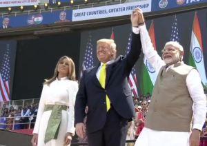 Donald Trump In India: पीएम मोदी का मास्टरस्ट्रोक कहीं खाली तो नहीं चला जाएगा?